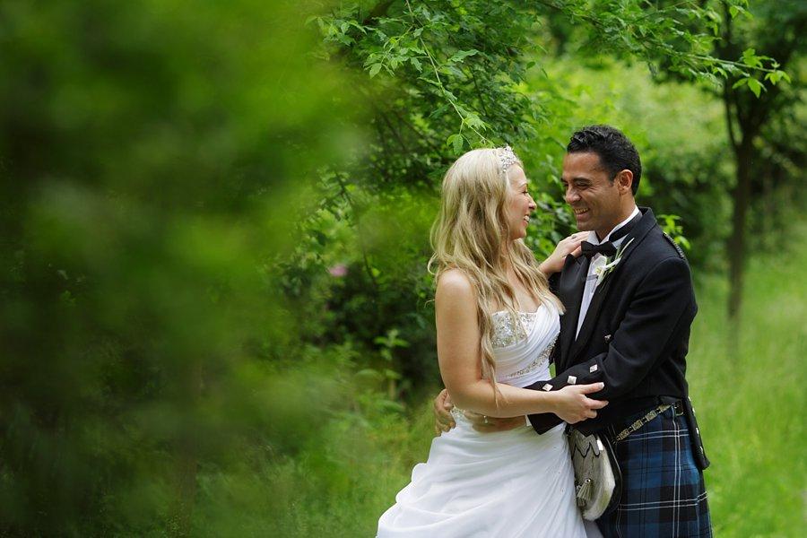 Eva_Danny_Drumtochty_Castle_Wedding-054