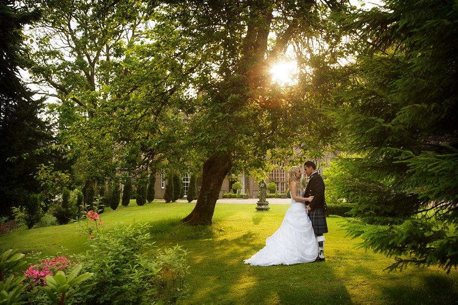 Eva_Danny_Drumtochty_Castle_Wedding-058