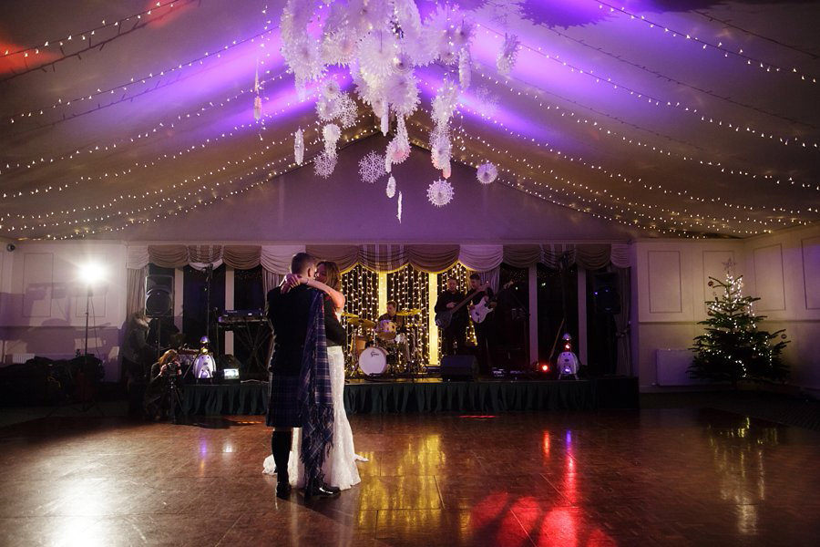 Dundas-Castle-Winter-Wedding-061
