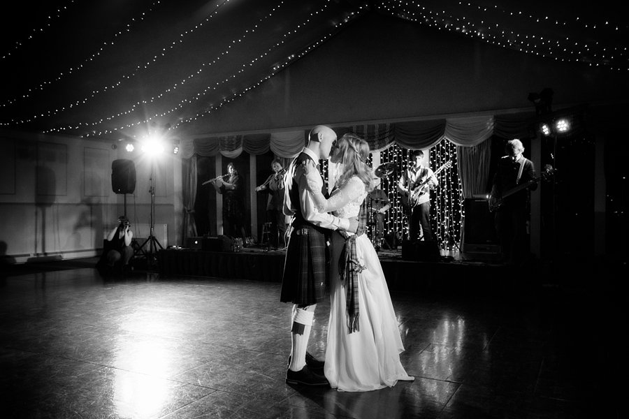 Dundas-Castle-Wedding-March-039