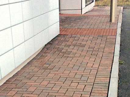 Block Paving Pressure Washing For Walkways & Car Parks