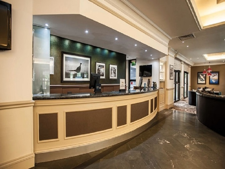 DoubleTree by Hilton Hotel Edinburgh Airport