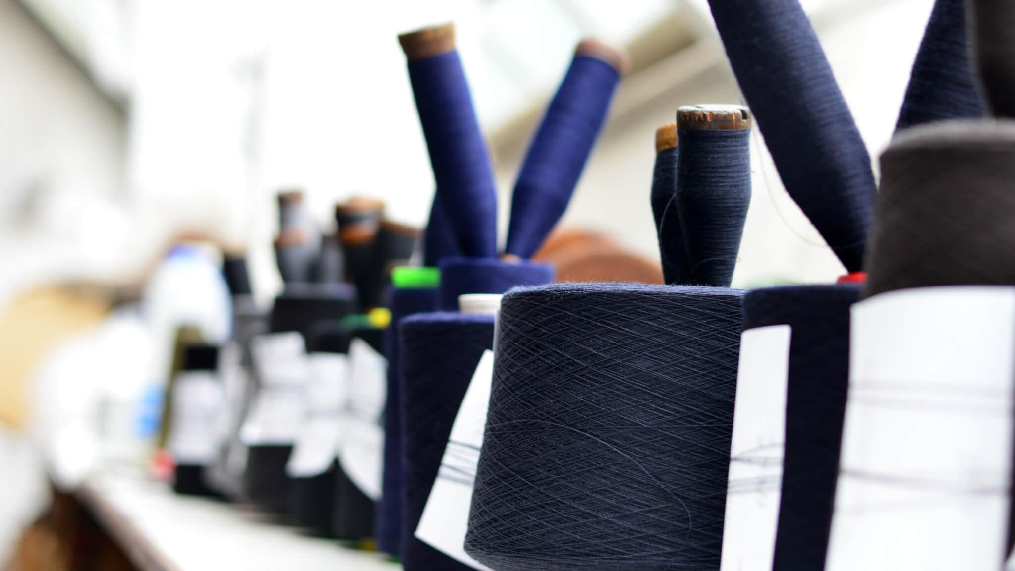 yarn-bespoke-suits-cloth