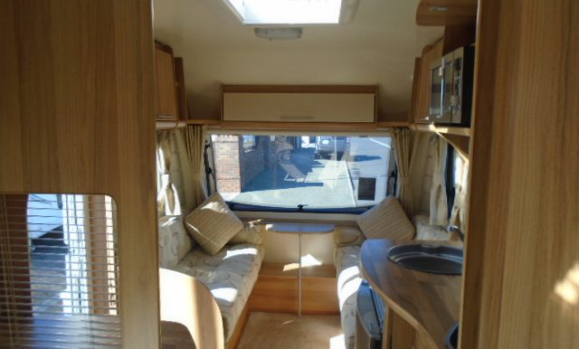Bailey Orion 430 4 Berth Fixed Bed Lightweight Caravan Caravan Bug Buy And Sell Uk And All