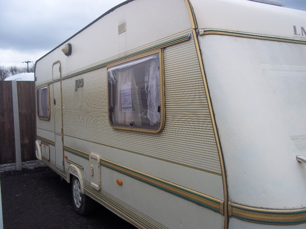 LMC LORD LUX 540 UK END BEDROOM CAN DELIVER DISCOUNT AVAIABLE LOADS