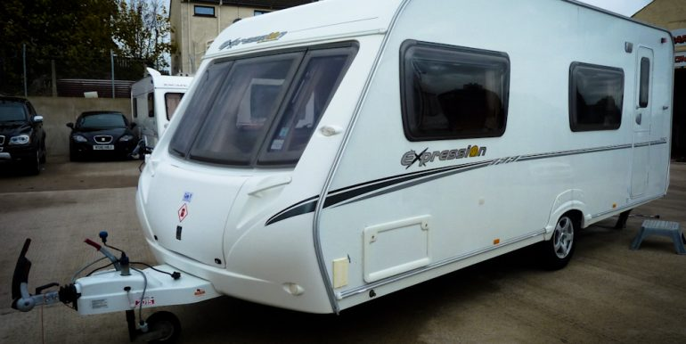 BannCaravans.com-922-Abbey-Expression-550-Berth-10