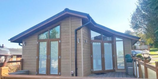 WESSEX DECKHOUSE LODGE LUXURY LODGE – A MASSIVE 46FT LONG 20FT WIDE – 3 FULL SIZE BEDROOMS