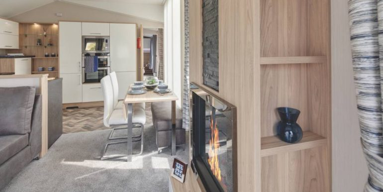 2019-Willerby-Linear-Lounge_Dining-2-1