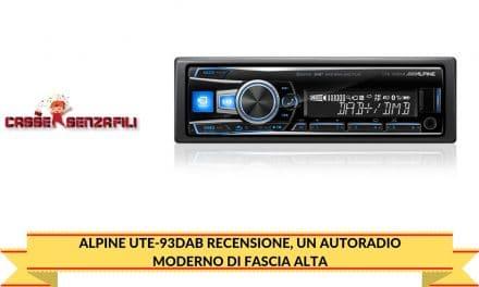 Alpine UTE-93DAB Recensione, un Autoradio Moderno di Fascia Alta