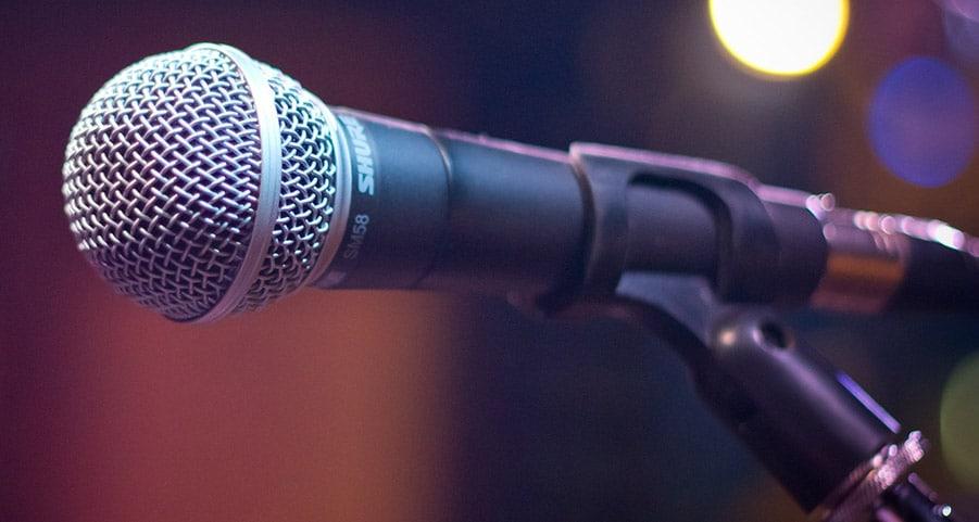 Microfono-con-Asta