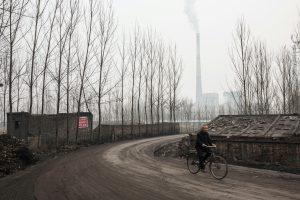 https://s3-eu-west-2.amazonaws.com/cd.darkblue.staging/content/uploads/2020/05/20084437/EB4R8X__Linfen_coal-fired_power_plant.jpg