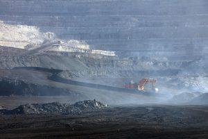 https://s3-eu-west-2.amazonaws.com/cd.darkblue.staging/content/uploads/2020/05/20090855/PKG3J6_Chinas_coal_consumption_on_the_rise.jpg
