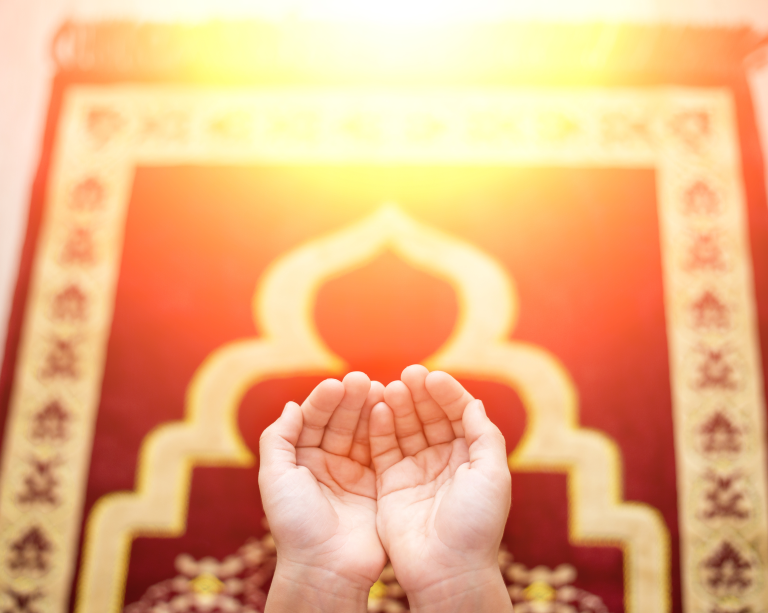 Ramadan Daily Dua Plan: When, How and What to Ask For