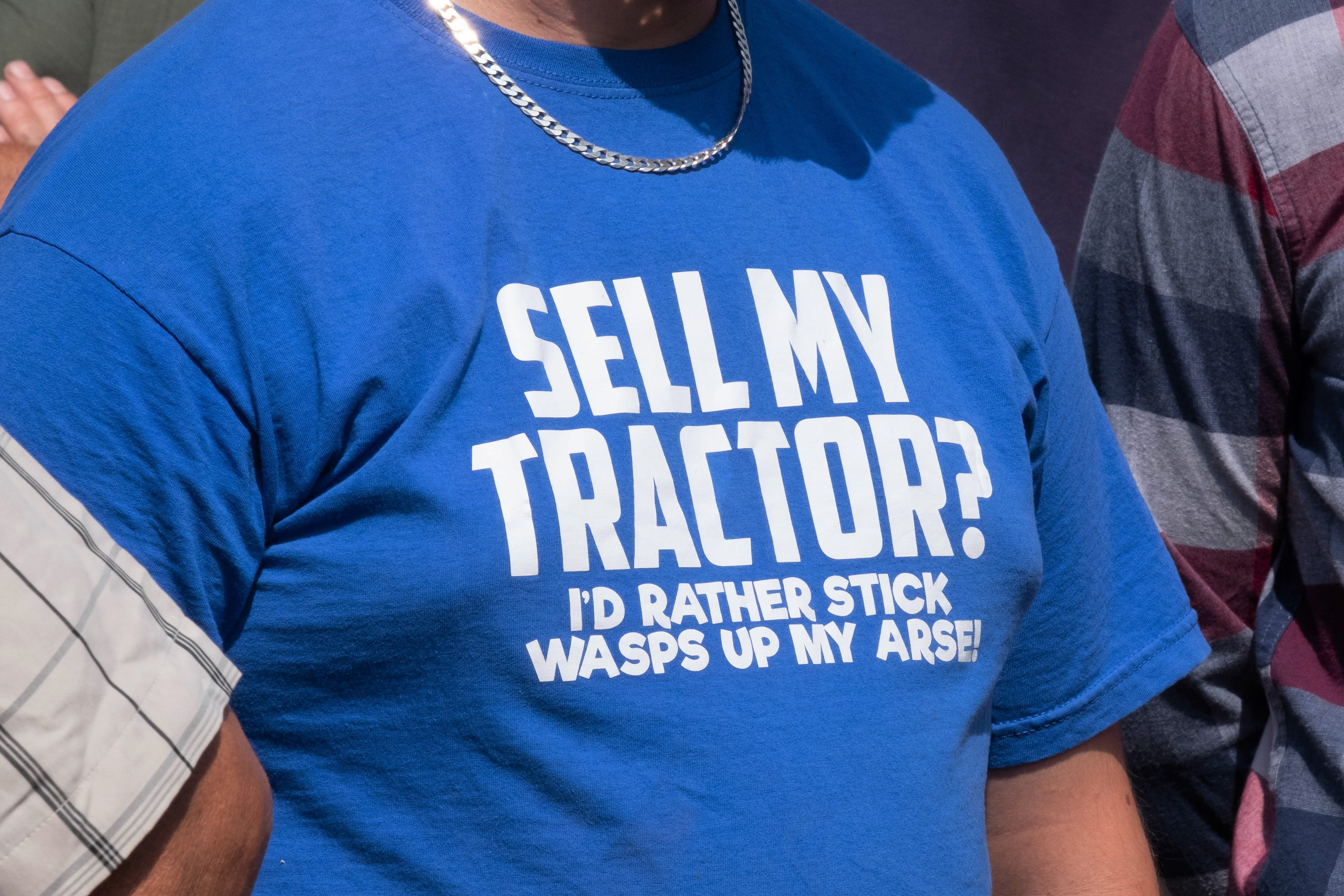 Auction report Well aged tractors of a blue hue under the hammer