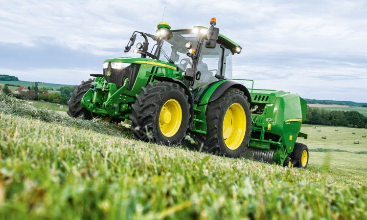 John Deere updates its 5R Series tractors for 2019