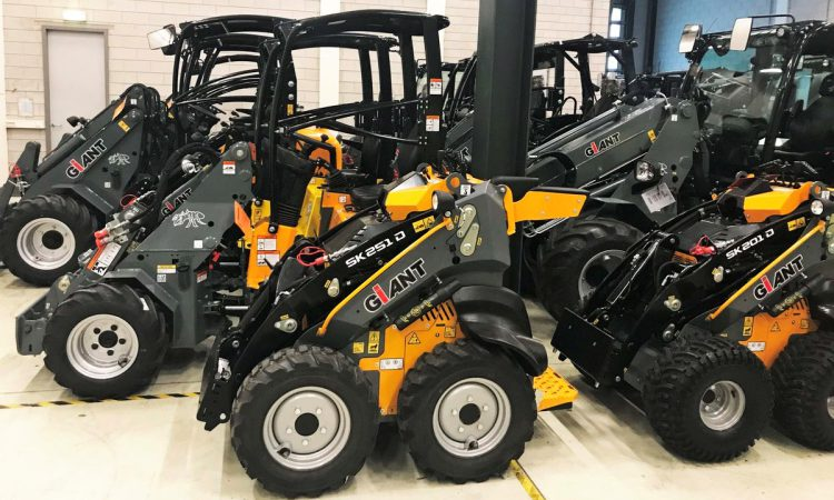 20,000th loader rolls off the line at Tobroco-Giant