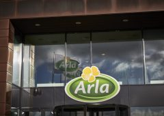 'Currency smoothing' to impact on Arla April milk price