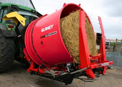 Bale-shredding machine chops '5 times faster than a diet feeder'