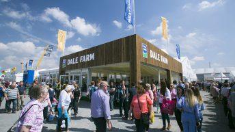 Dale Farm announces cut to October milk price