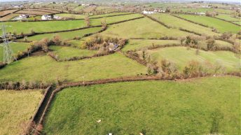 44ac of agricultural land for sale enjoys substantial road frontage