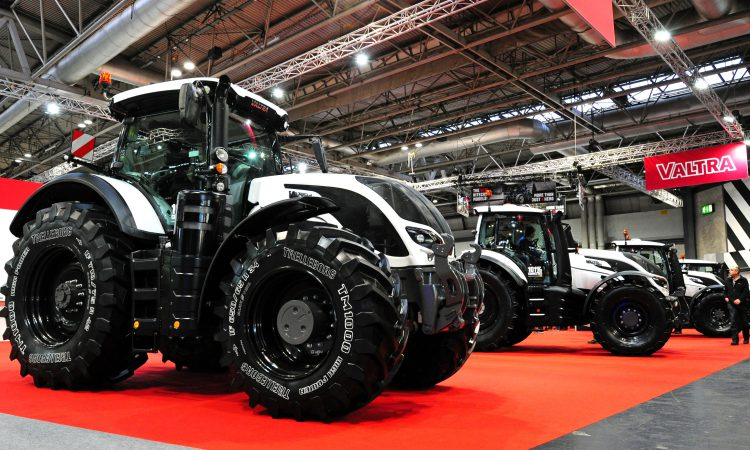 LAMMA 2019: Valtra has an all-new engine in the offing