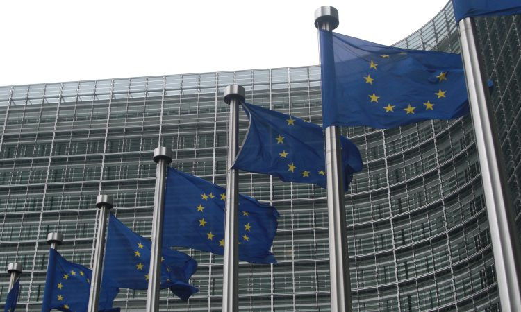 'UK and EU agree Brexit deal' – Juncker