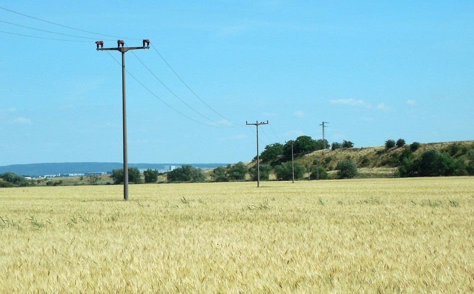 United Kingdom plans to significantly improve mobile coverage