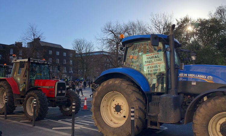 Tractors leave city and head towards Dublin Port