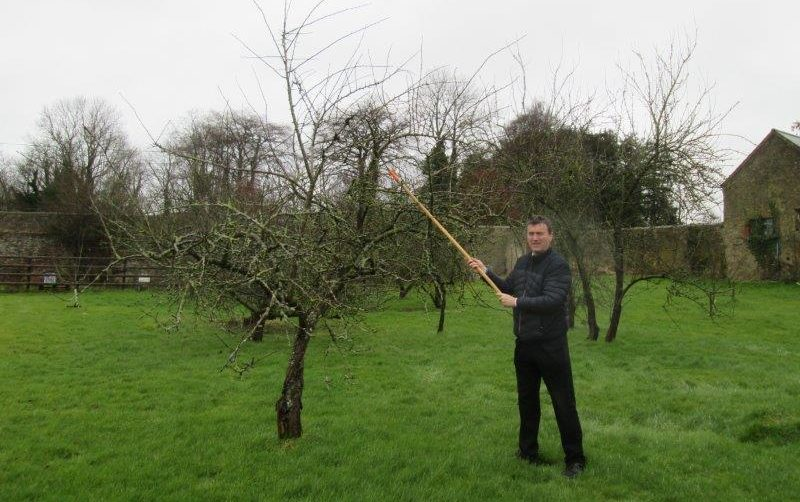Image-source-CAFRE-Keiran-demonstrating-pruning