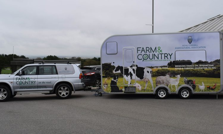 Agriculture brought to life thanks to new 'farm on wheels'