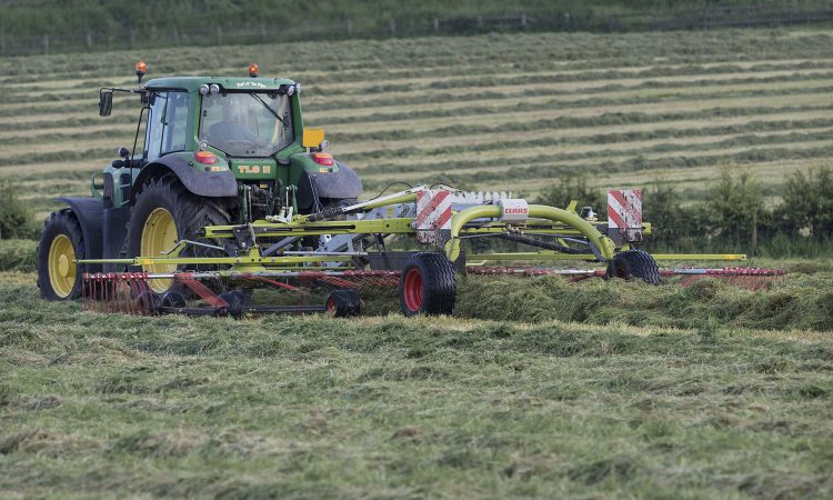 What is the cost of silage on conacre?