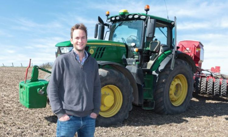 7 new cereals and oilseeds growers join AHDB's farming network