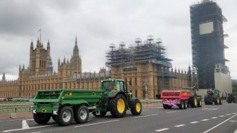 Tractor demonstration takes place in London in protest of Agriculture Bill