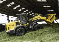 Pics: New Holland upgrades D Series loader range