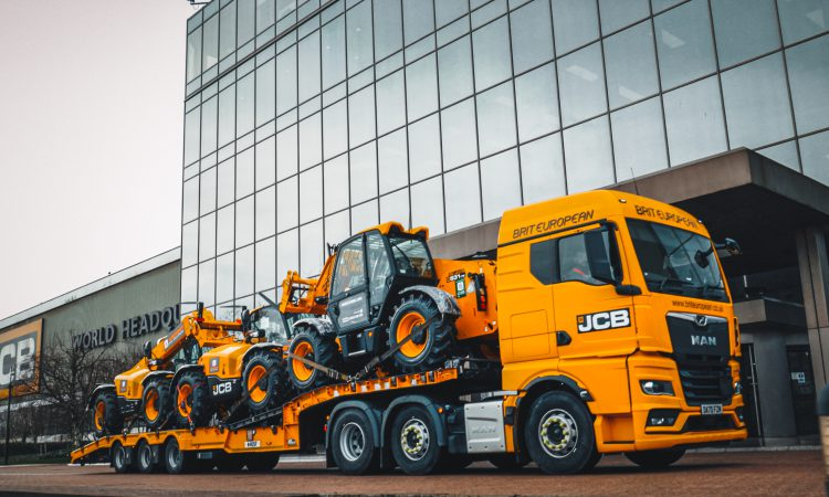 Ardent Hire to add 525 JCB telescopic handlers to its fleet