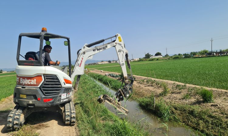 Bobcat mini-excavator proves its worth on drainage projects