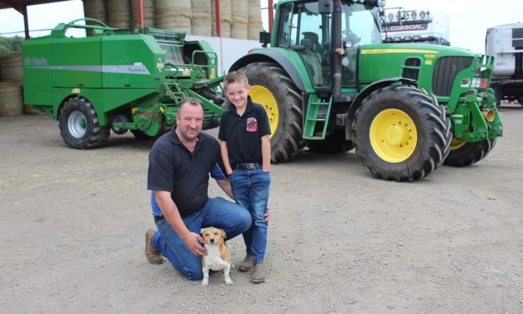 Milk producers commit to home-grown wheat and barley for straw value