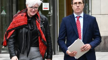 Former department vet wins tribunal over 'deleted' livestock movements