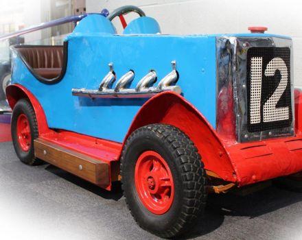 Fairground attraction - 1930's dodgem car