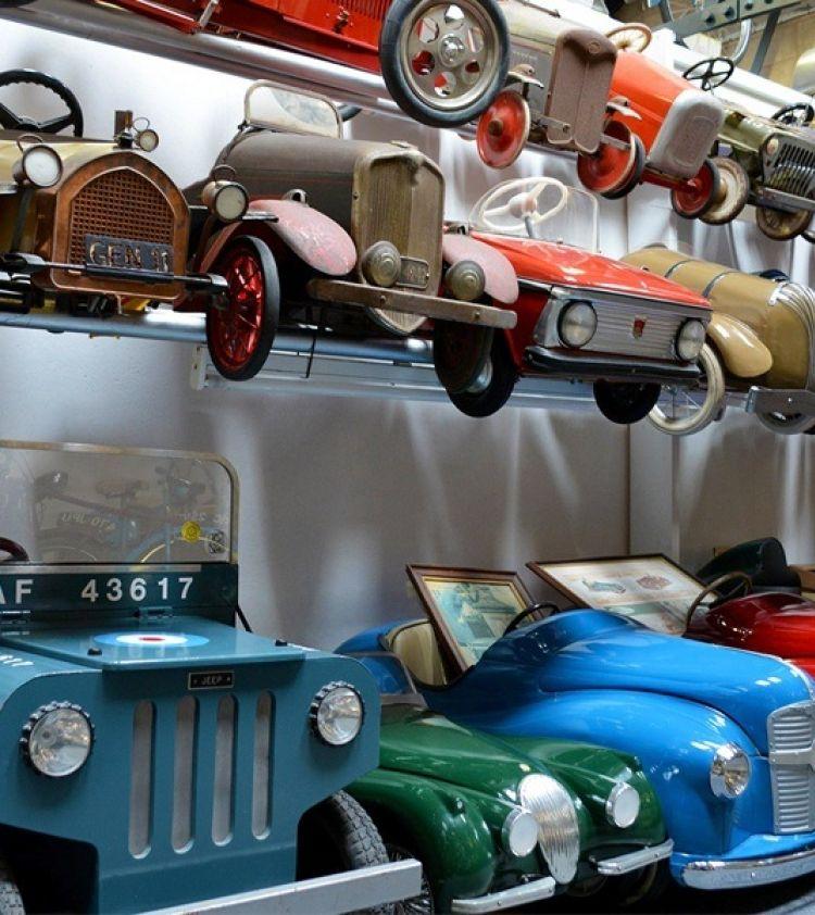 Toy car web gallery 01