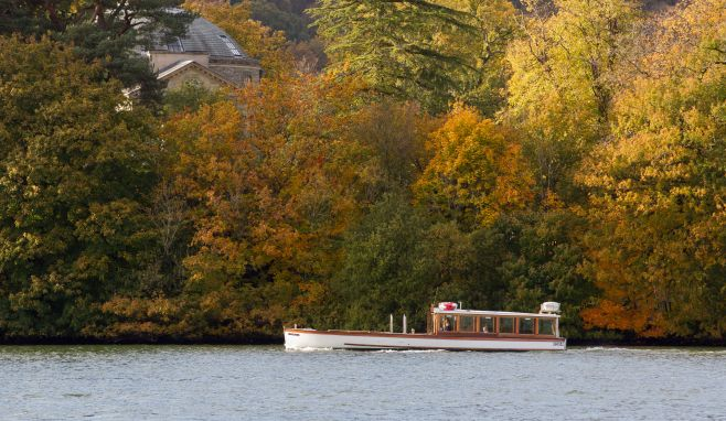 Windermere Lake Cruises is inviting photographers to come and capture autumn colours on film.