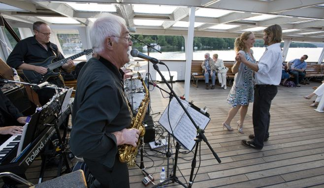 Windermere Lake Cruises' resident onboard band are set to perform their highly-anticipated final gig of the summer season.
