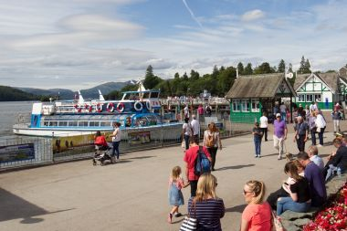 We set out from Bowness Pier & return 45 mins later
