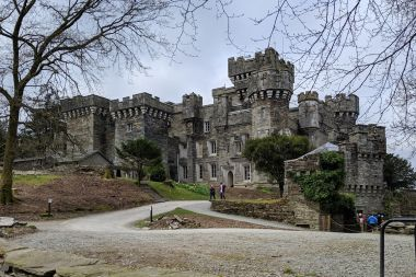 Wray Castle is a 10 mins diversion from the route
