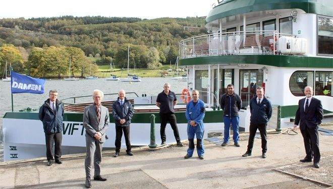 The management team of the build, plus representatives from Damen and Windermere Lake Cruises.