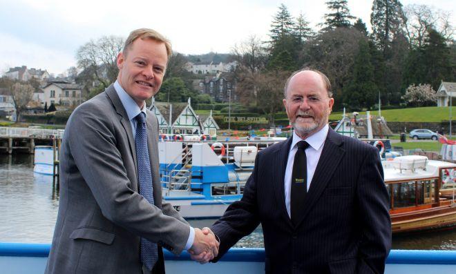 WLC Chairman Bill Bewley and Damen Sales Manager Arjen van Elk