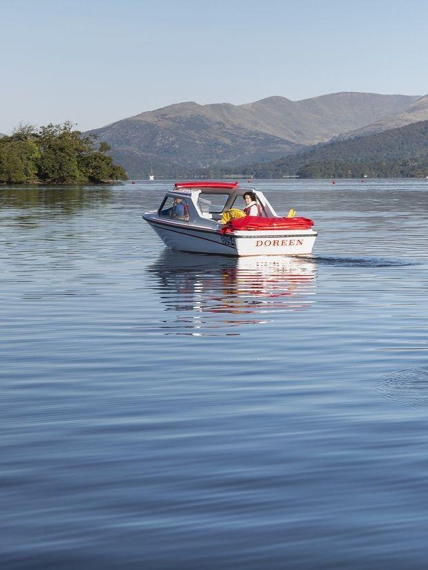 Self-drive motor boat hire