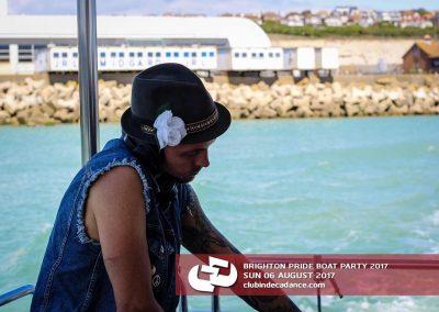 DDCLUB-BRIGHTON-PRIDE-BOAT-PARTY-06.08.17-4-min