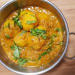 Dum Aloo | Potatoes in Spicy Tomato & Yoghurt Gravy
