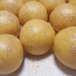 Mom's Delicious Besan Ladoo Recipe